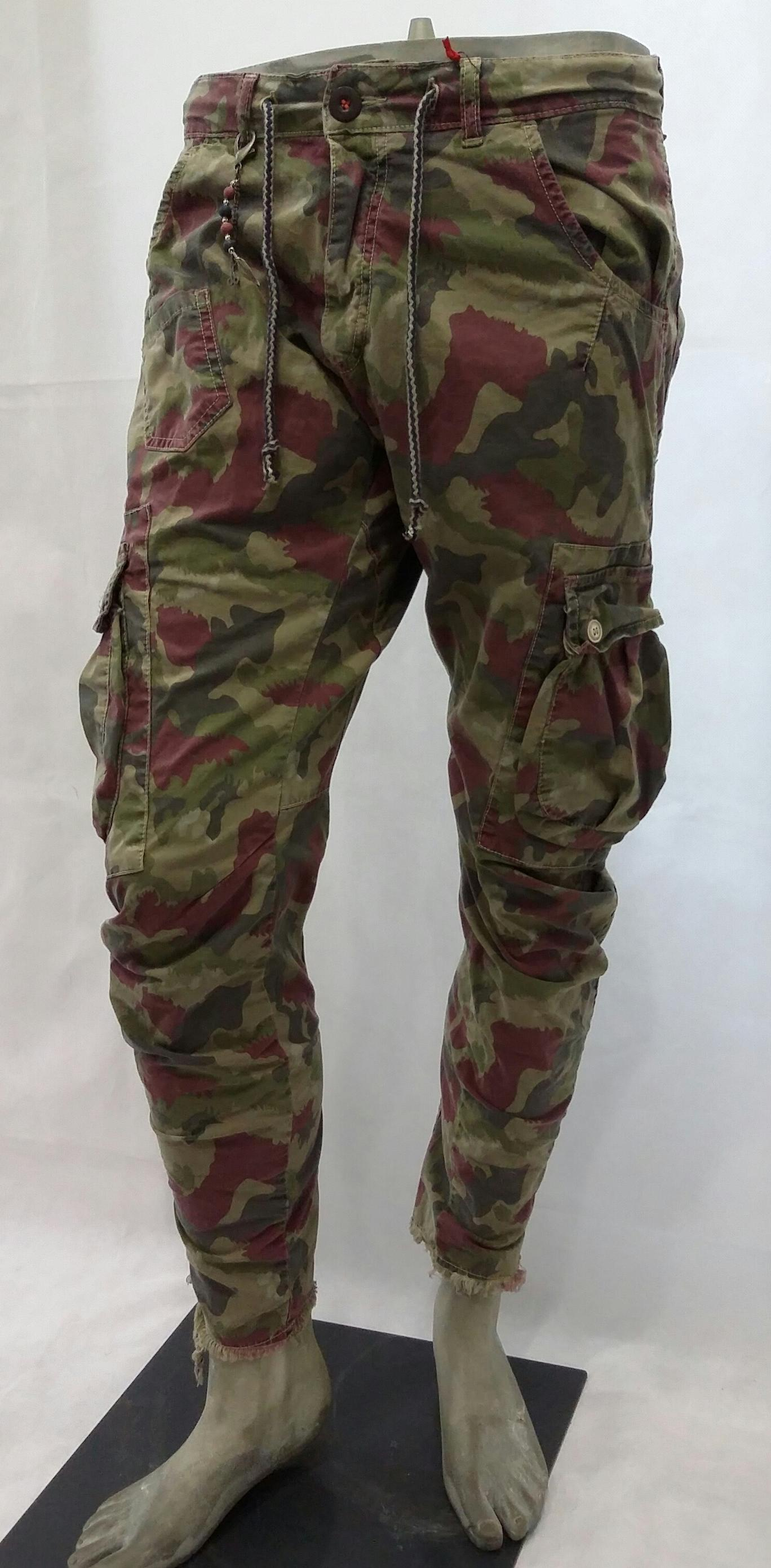 Pantalone tasconato mimetico